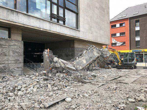 demolition-auvent-maison-communale-annexe-gilly